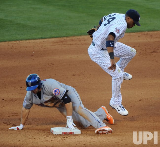 David Wright steals 2nd base during All-Star Game in Anaheim, California