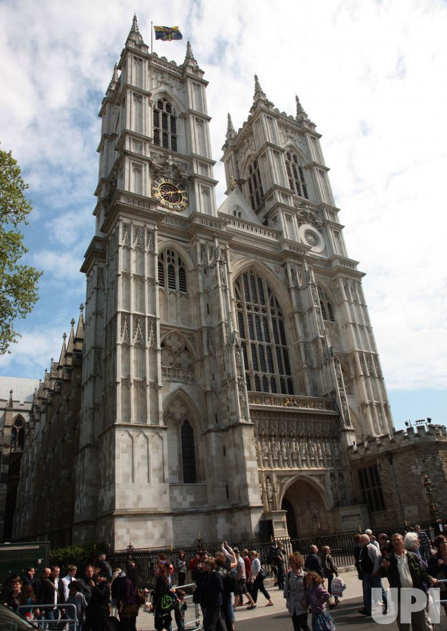 Westminster Abbey prepares for the Royal wedding