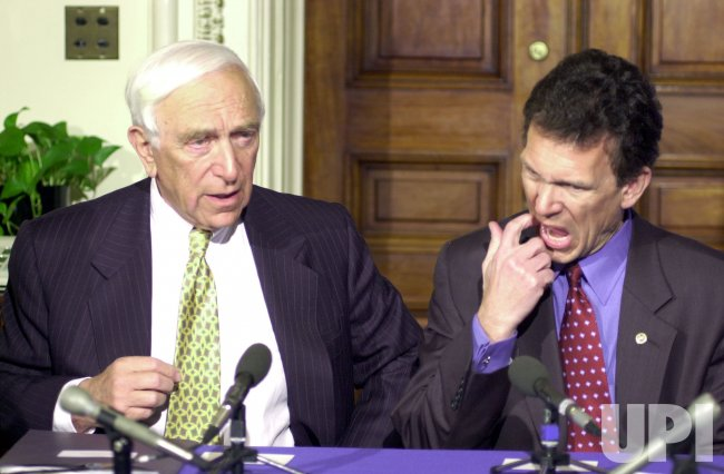 Democrats Daschle and Lautenberg