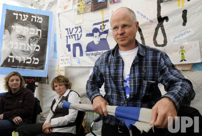 Noam Shalit, father of abducted Israeli Soldier Gilad Shalit marks 1,000 days of captivity in a protest tent in Jerusalem