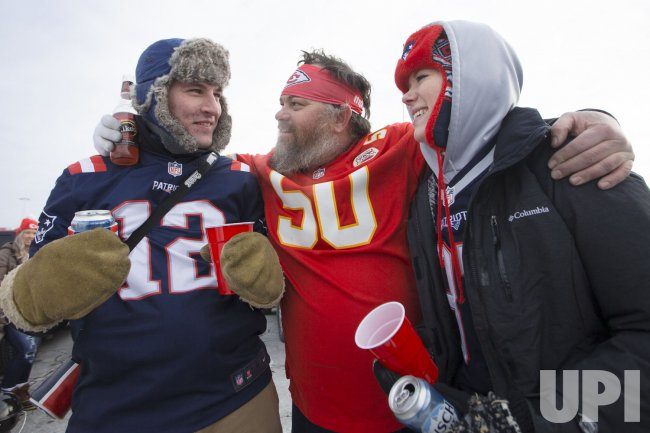 new styles 2d157 c35ed Fans celebrate before the AFC Championship game - UPI.com