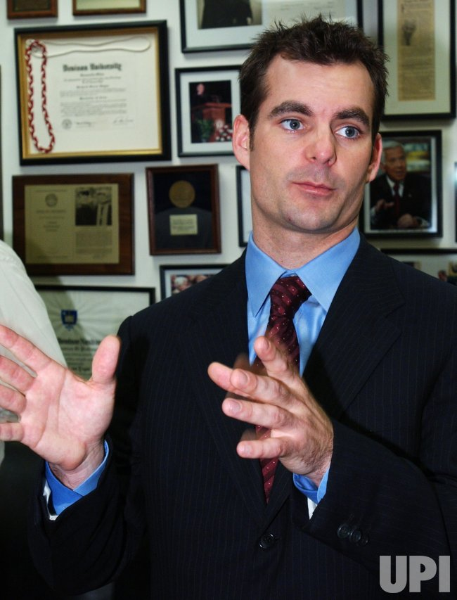 JEFF GORDON ON HILL FOR BONE MARROW LEGISLATION