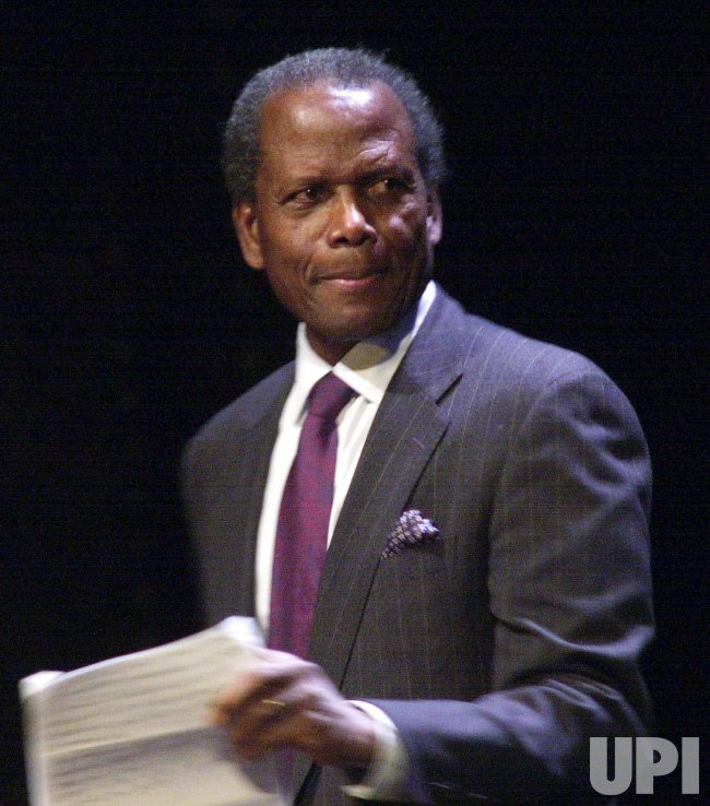 SIDNEY POITIER CELEBRATES NEW FEDERAL THEATRE 30TH ANNIVERSARY