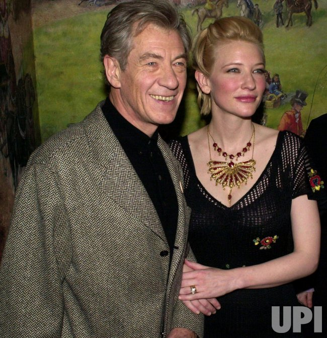IAN MCKELLEN-2002 NATIONAL BOARD OF REVIEW AWARD CEREMONIES