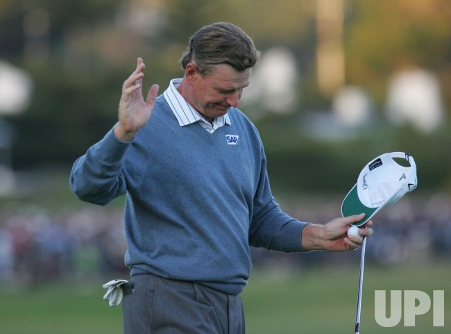 Ernie Els of South Africa acknowledges the fans on the 18th green at the U.S. Open in Pebble Beach, California