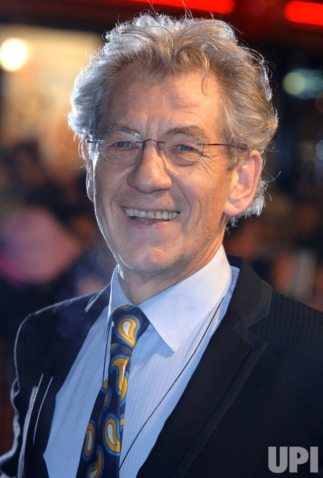 ACTOR IAN MCKELLEN AT MRS HENDERSONS PRESENTS BRITISH PREMIERE