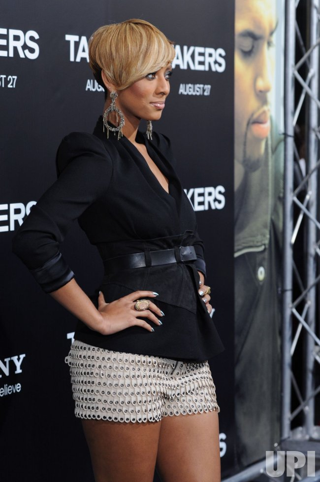 "Keri Hilson attends the ""Takers"" premiere in Los Angeles"
