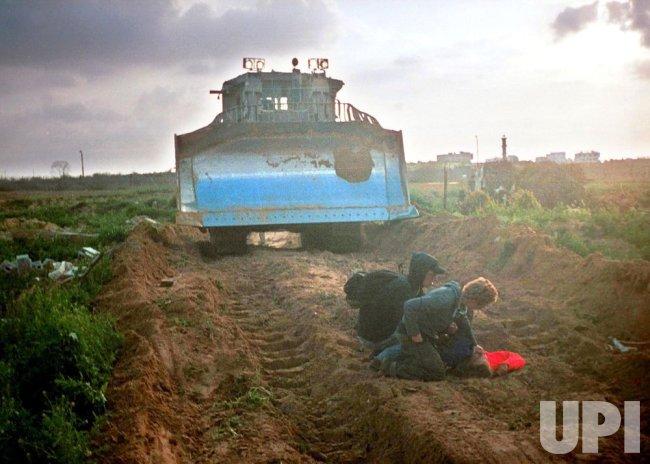 American girl killed while protesting Israeli demolition