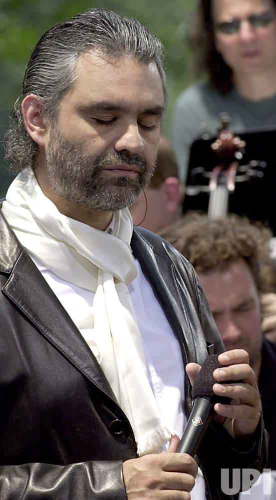 Andrea Bocelli performs free outdoor concert