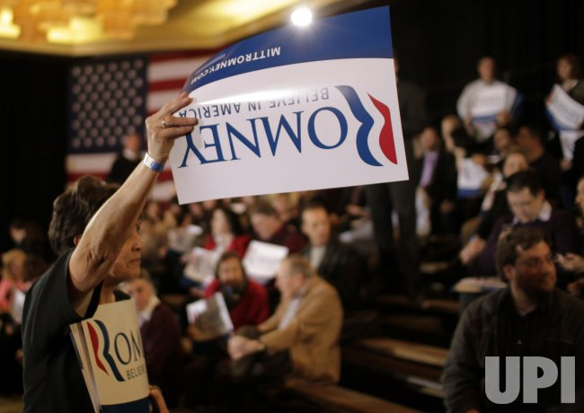Mitt Romney supporters at Super Tuesday night party in Boston, Massachusetts