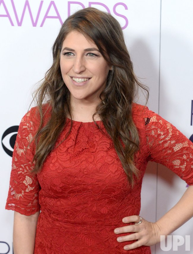 Mayim Bialik backstage at the People's Choice Awards in Los Angeles