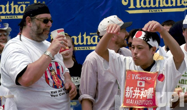 Japan wins Nathans International Hotdog Eating contest