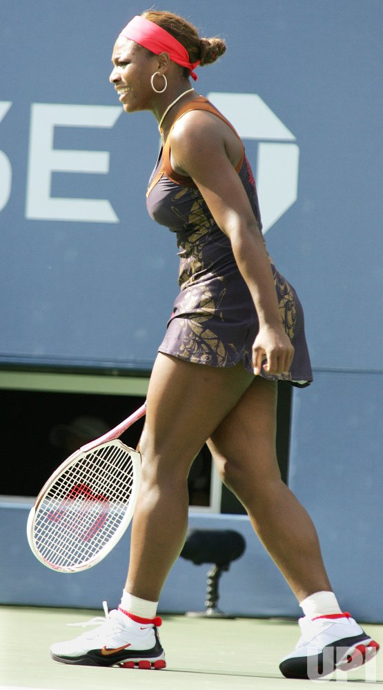 SERENA WILLIAMS VS DANIELA HANUCHOVA AT THE US OPEN