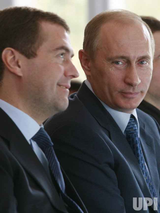 President Putin and top candidate Medvedev visit the flight test center in Zhukovsky