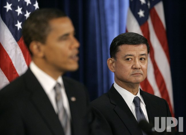 Obama appoints Ret. Gen. Shinseki to head Veterans Affairs