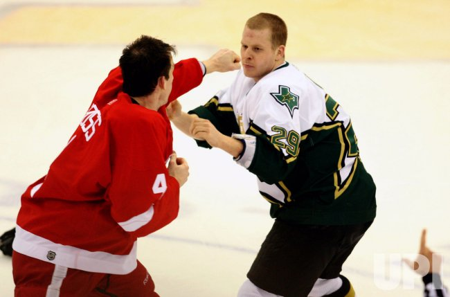 DALLAS STARS VS DETROIT RED WINGS