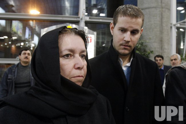 Wife of missing ex-FBI agent arrives in Iran