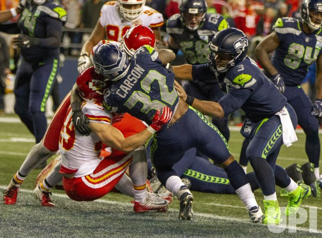 Seahawks beat the the Chiefs 38-31 to seal a playoff berth in Seattle