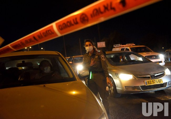 Israeli Border Police Enforce COVID-19 Night Curfew