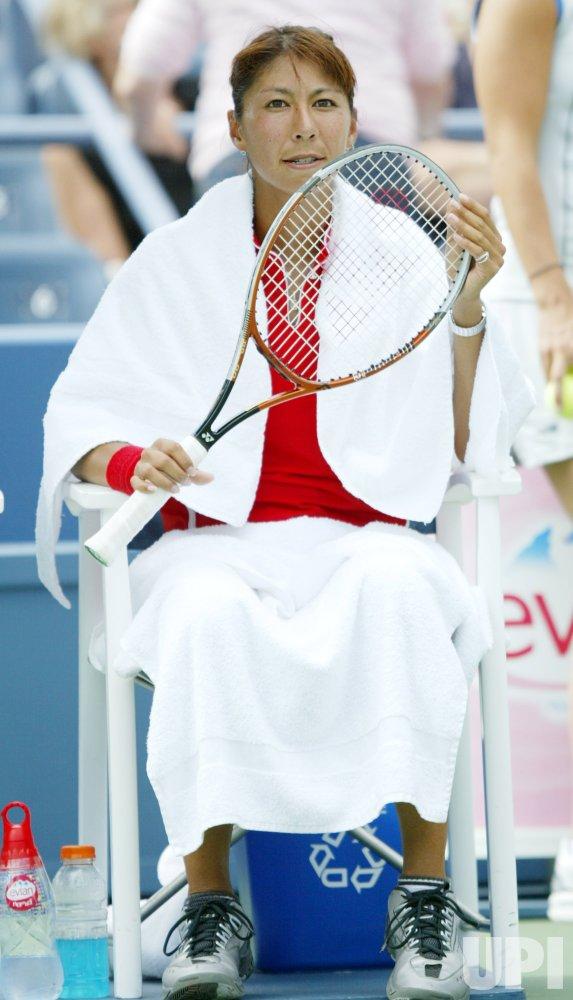 SHINOBU ASAGOE ADVANCES TO QUARTER FINALS AT THE 2004 US OPEN