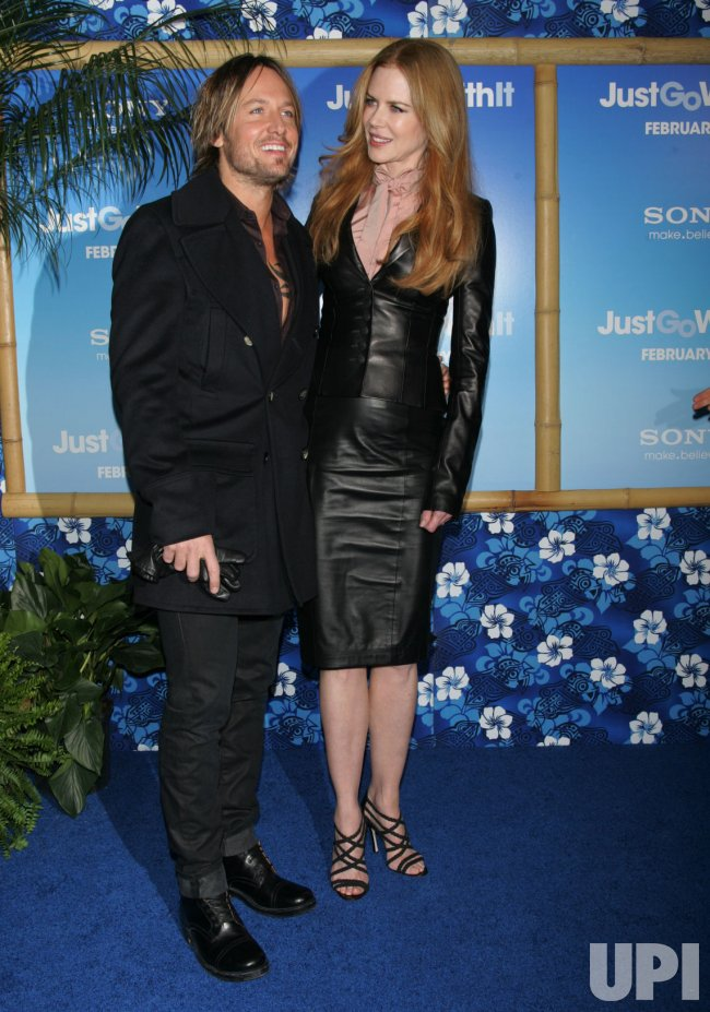 "Keith Urban and Nicole Kidman arrive at the ""Just Go With It"" Premiere in New York"