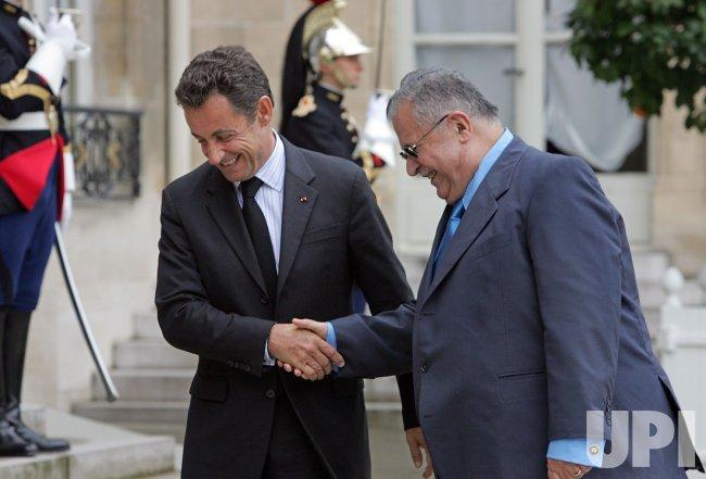Iraqi President Talabaniat meets Sarkozy in Paris
