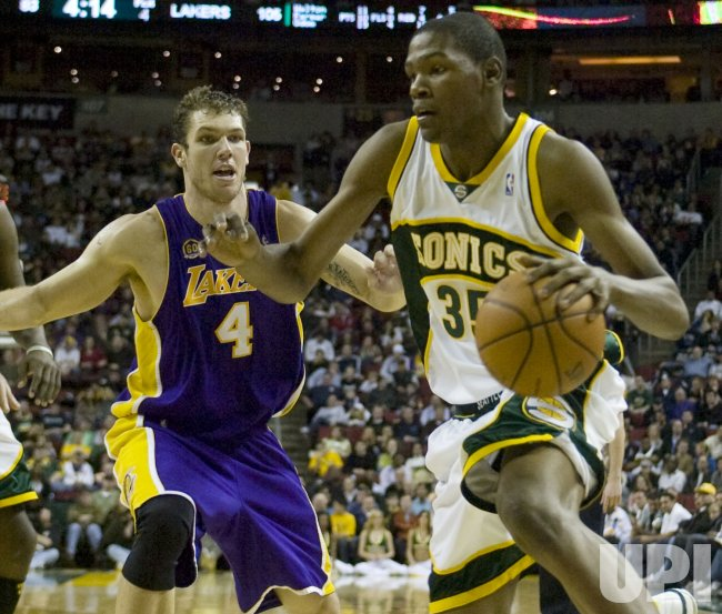 LA Lakers vs Seattle SuperSonics