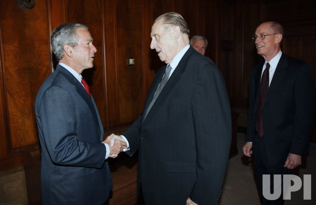 U.S. President Bush meets with leader of Mormon church in Salt Lake City, Utah