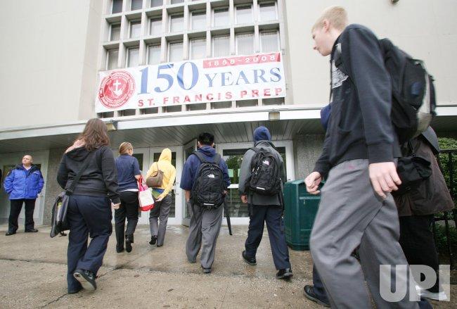 St. Francis Prep school reopens after swine flu outbreak in New York