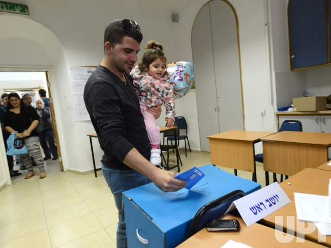Israelis Vote In Jerusalem