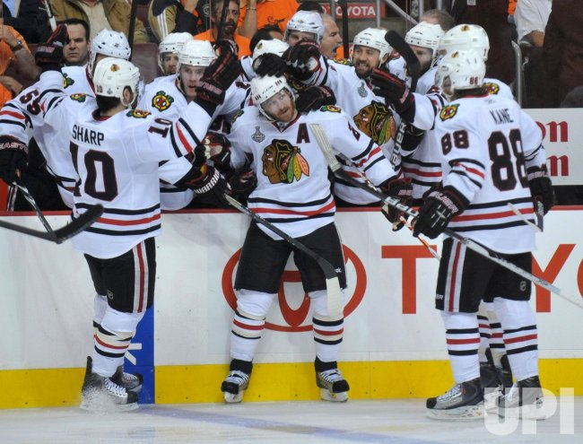 Blackhawks' Duncan Keith scores against the Flyers during the 2010 Stanley Cup Final