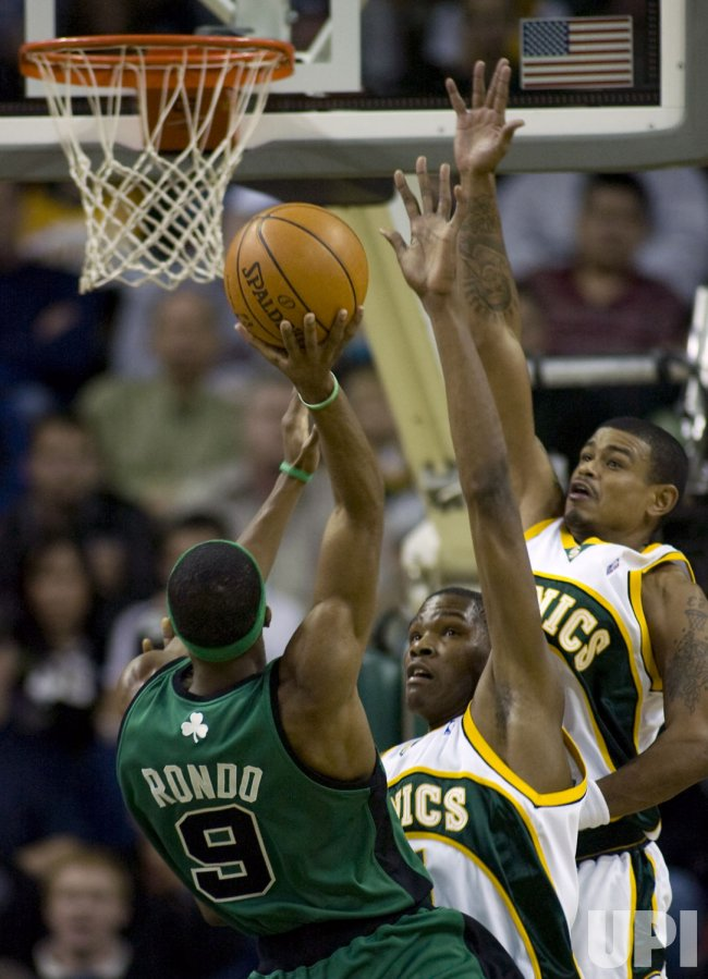 Boston Celtics vs Seattle SuperSonics