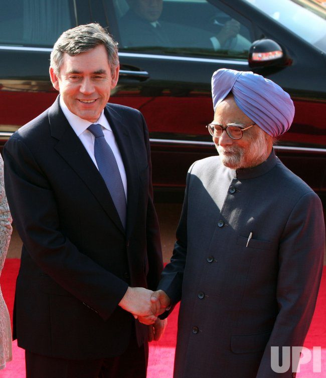 Britain's PM Brown meets PM Singh in New Delhi