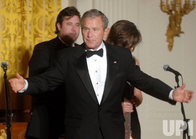 Vince Gill and Amy Grant perform for President Bush in Washington