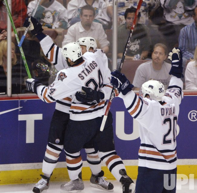 EDMONTON OILERS VS ANAHEIM MIGHTY DUCKS