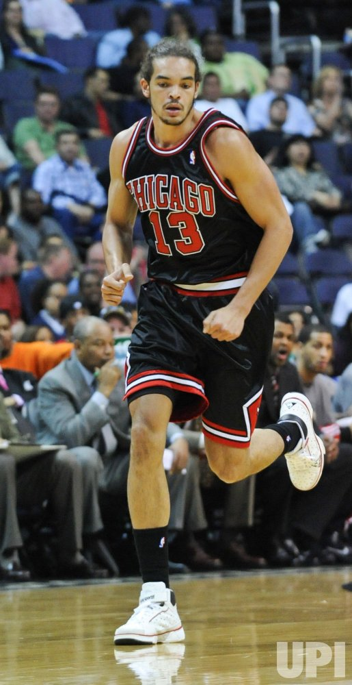 Bulls Joakim Noah plays against the Wizards in Wasington