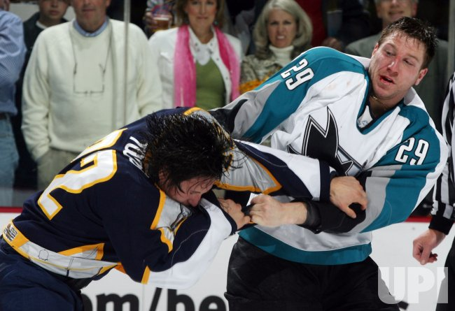 SAN JOSE SHARKS VS NASHVILLE PREDATORS WESTERN CONFERENCE QUARTERFINALS