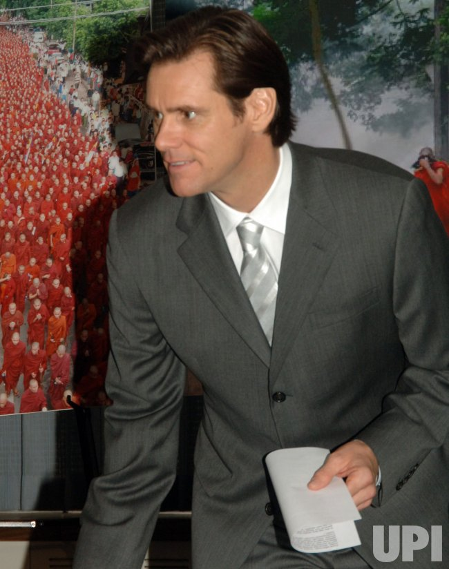 JIM CARREY CALLS ON UN TO VOTE SANCTIONS AGAINST BURMA