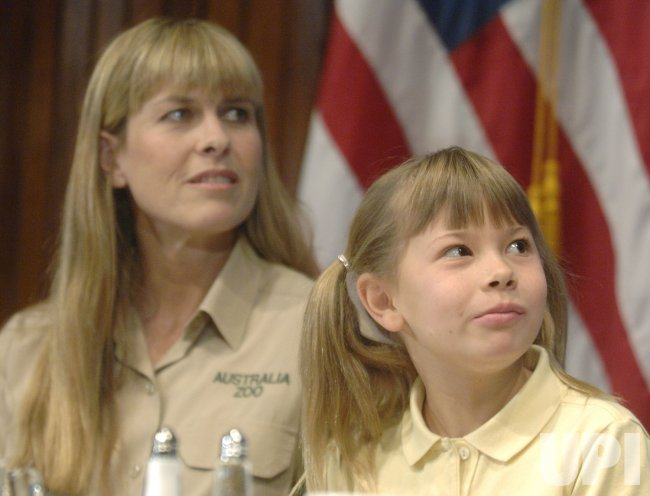 TERRI AND BINDI IRWIN PARTICIPATE IN LUNCHEON