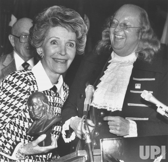 Nancy Reagan with Benjamin Franklin Impersonator