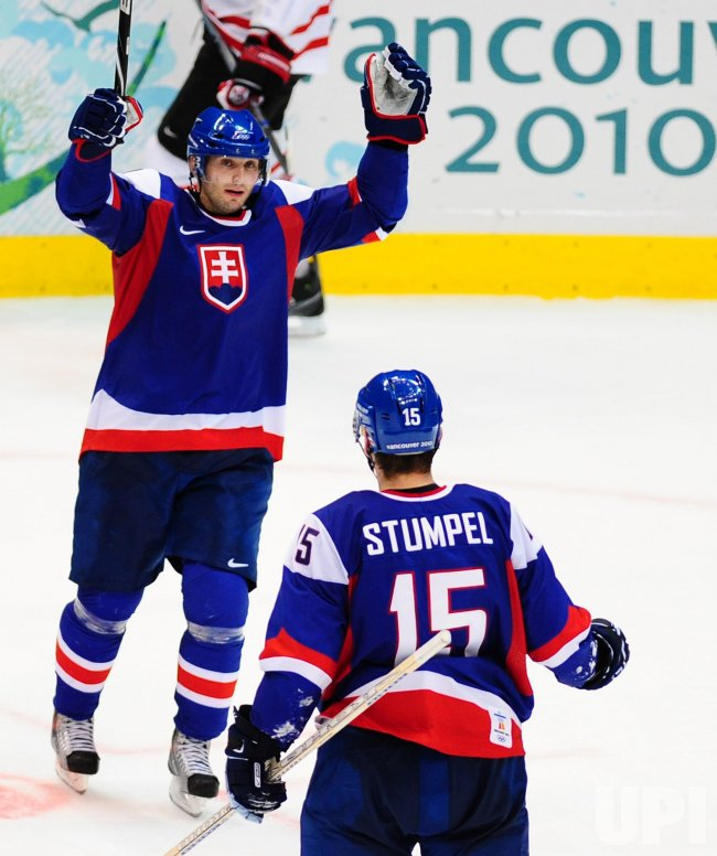 Canada vs. Slovakia Semifinals Men's Ice Hockey at 2010 Winter Olympics in Vancouver