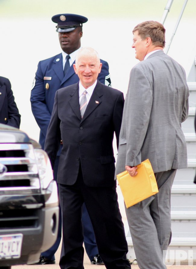PRESIDENT BUSH DEPARTS FOR CANADIAN SUMMIT
