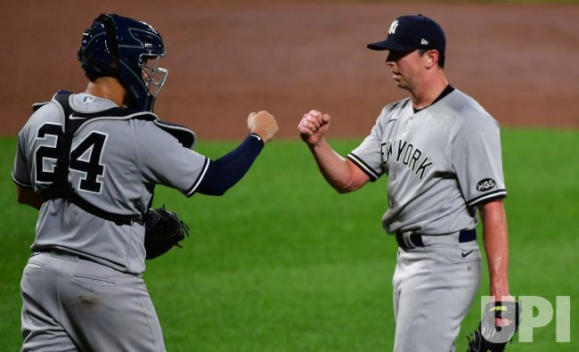 Yankees' Gary Sanchez, Brooks Kriske celebrate 9-3 win over Orioles