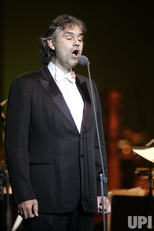 ANDREA BOCELLI PERFORMS IN CONCERT