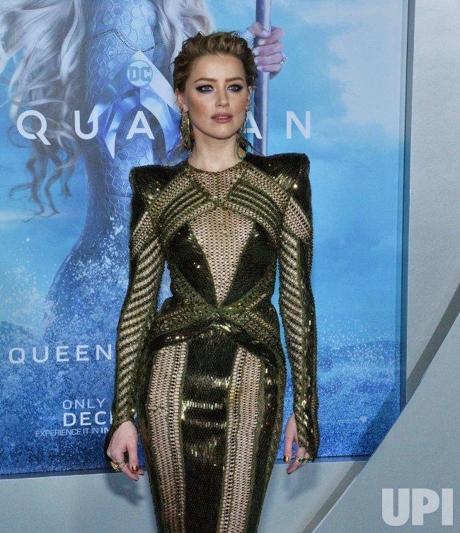 """Amber Heard attends """"Aquaman"""" premiere in L.A."""