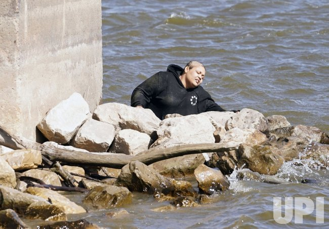 Woman Jumps Off Martin Luther King Bridge