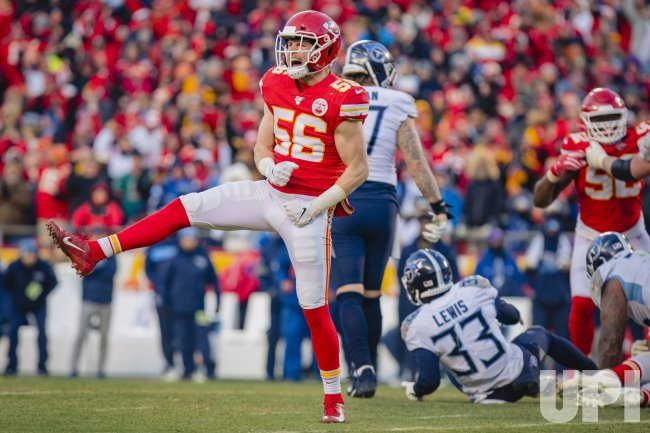 Tennessee Titans vs Kansas City Chiefs in the AFC ...