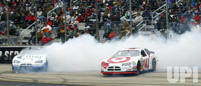 NASCAR NEXTEL CUP FOOD CITY 500 RACE AT BRISTOL MOTOR SPEEDWAY