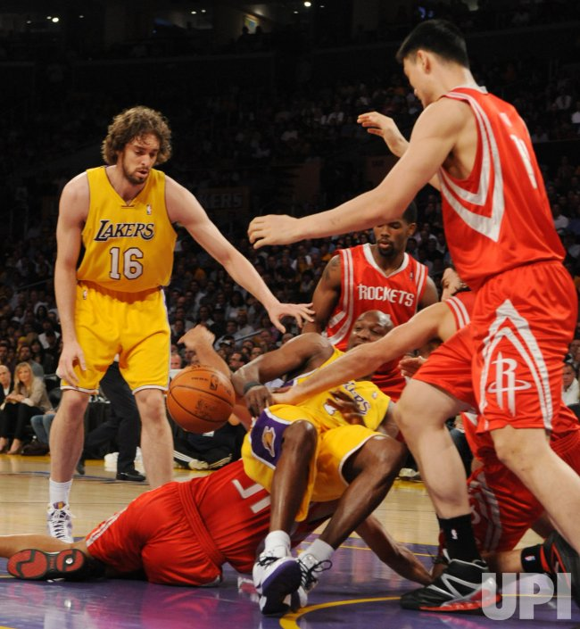 Los Angeles Lakers Vs Houston Rockets Nba Game 2 Western Conference Semifinals In Los Angeles Upi Com