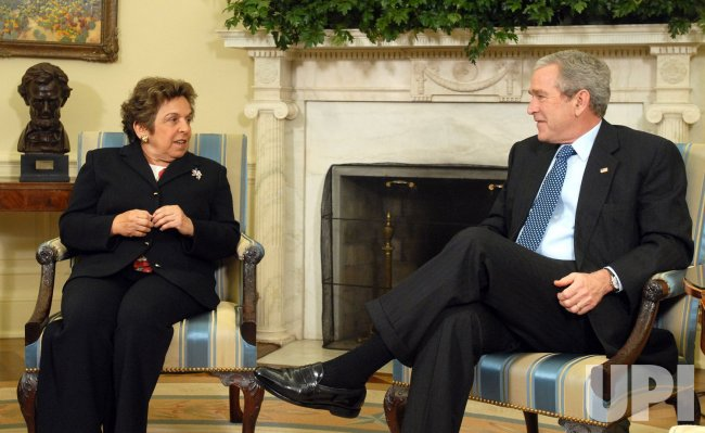 DOLE, SHALALA TO HEAD VET CARE COMMISSION IN WASHINGTON